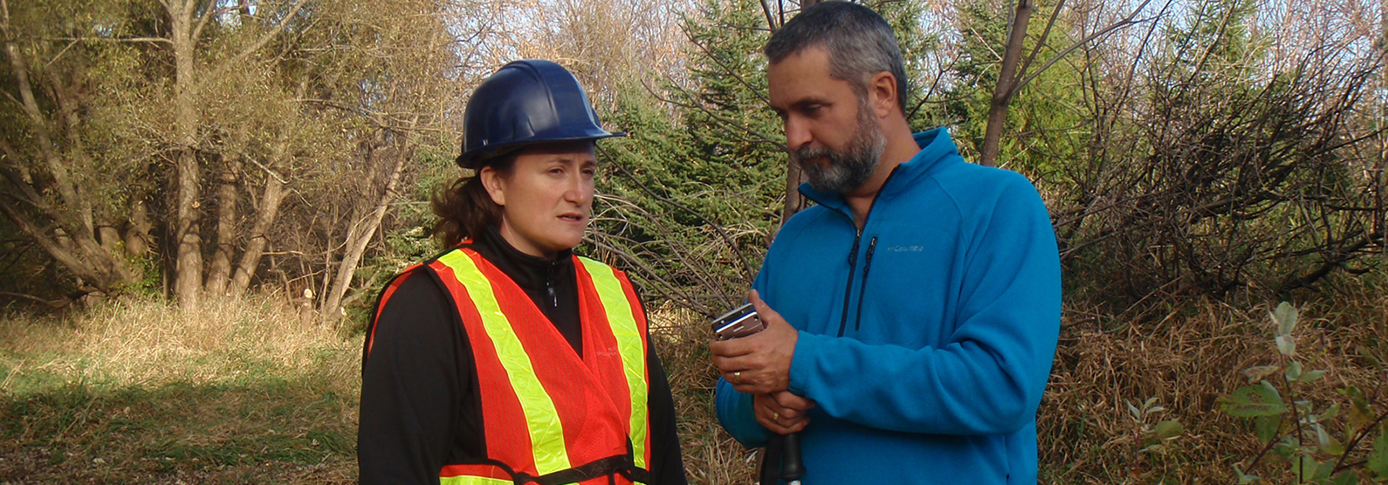 Lawrence_interviewing_Rideau_Conservation_Biologist